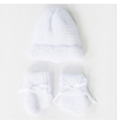 Juego de gorro y medias para bebé prematuro