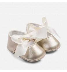 Baleta para ceremonia dorada para bebé