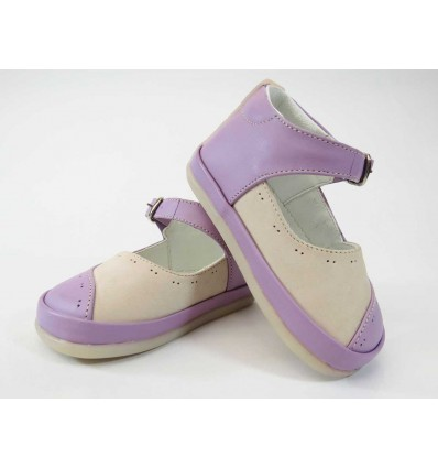 Zapato lila combinado
