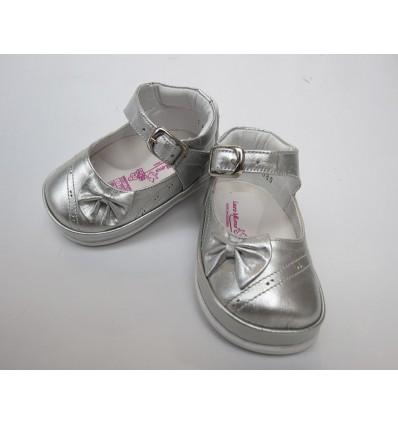 Zapato plateado para niña (caminadores, no tuerce)