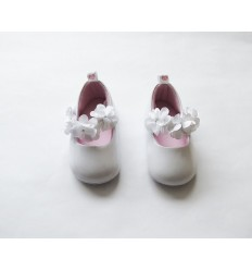 Zapato blanco sintético